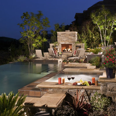 Example of a classic infinity pool design in Los Angeles
