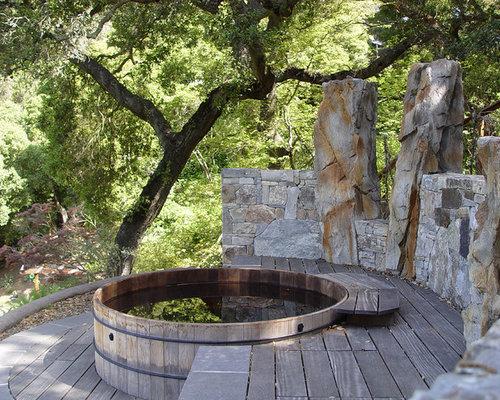 terrasse gestalten sommerliches flair rustikale sessel esstisch