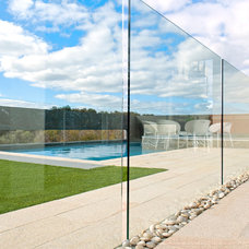 Contemporary Pool by anthony raso design