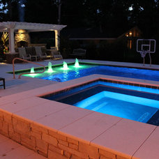 Traditional Pool by Downes Swimming Pool Company