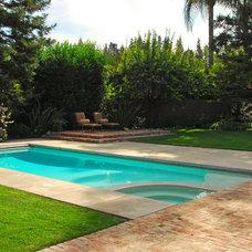 Traditional Pool by Westfall Design Studio