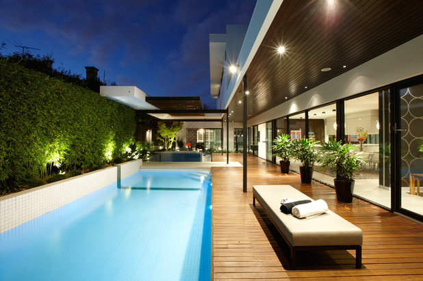 Contemporary Pools & Hot Tubs by C.O.S Design