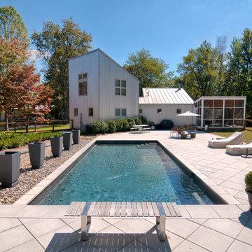 Barn/Garage/Pool/Studio. Virginia