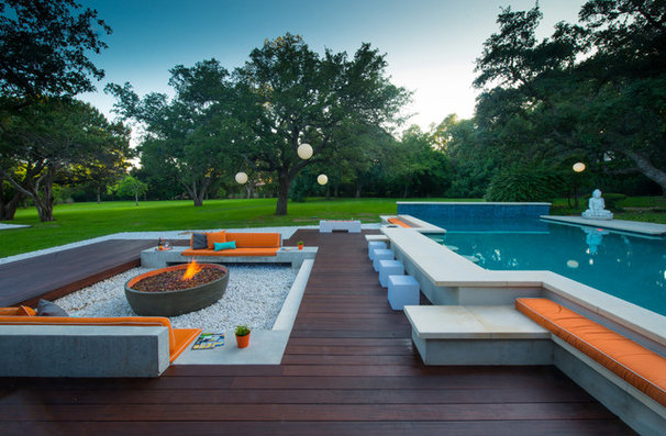 Contemporary Pool by austin outdoor design
