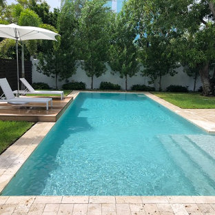 Example of a trendy pool design in Miami