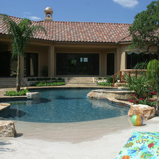 Beach Style Pool by Keith Zars Pools