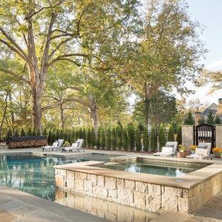 Diseño de piscinas y jacuzzis naturales, campestres, grandes, a medida, en patio trasero, con adoquines de piedra natural