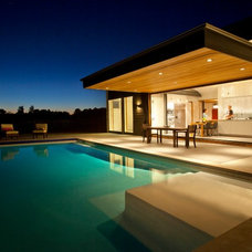 Modern Pool by Drawing Dept