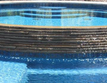 Bellenger Pool & Tiki Hut