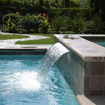 Bellevue pool