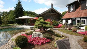 Bepflanzung eines Poolgartens mit japanischen Gartenbonsai