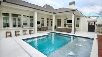 Best of Both Worlds - a Yard and a Pool in the City