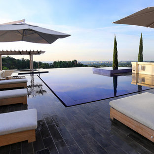 Beverly Hills Zero Edge Infinity Pool