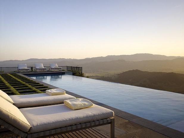 Klassisch Pools by Blasen Landscape Architecture