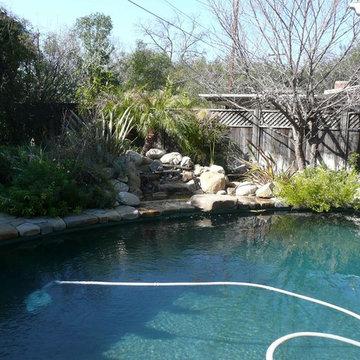 Bonfire Lounge & Pool - Pool Feature - Left View 5
