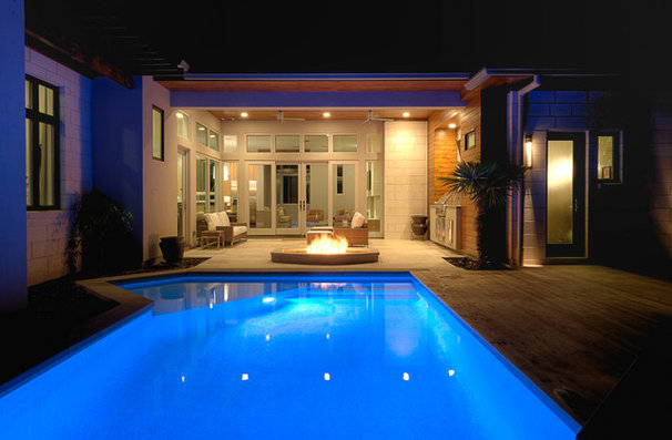 Contemporary Pool by Greenbelt Construction