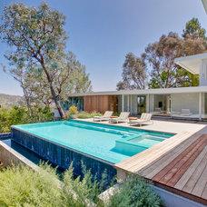 Modern Pool by Luke Gibson Photography
