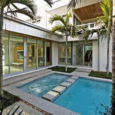Modern Pool by Balfoort Architecture, Inc.