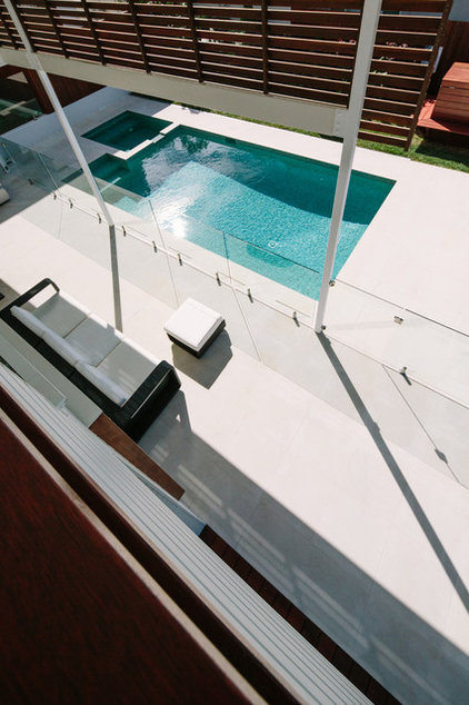 Contemporary Pool by Davis Architects