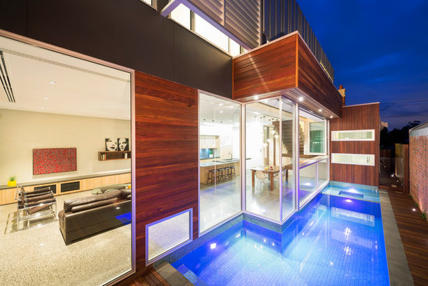 Contemporary Swimming Pool by Dig Design
