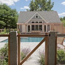 Contemporary Pool by Matthew Cunningham Landscape Design LLC