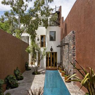 Inspiration pour une piscine sud-ouest américain.