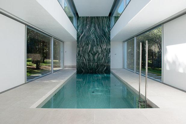 Contemporáneo Piscina by Otto Medem Arquitectura