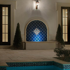 mediterranean pool by Nelson de Leon/Locus Architecture Inc.
