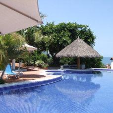 Tropical Pool by Fernando Rivera & Associates