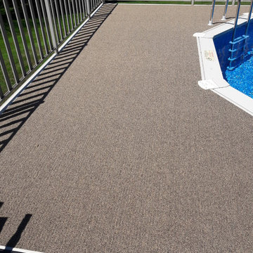 Casual Boucle (pool deck)