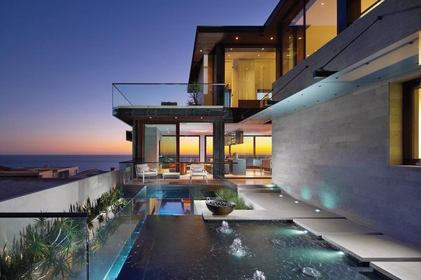 Contemporary Pool by Horst Architects
