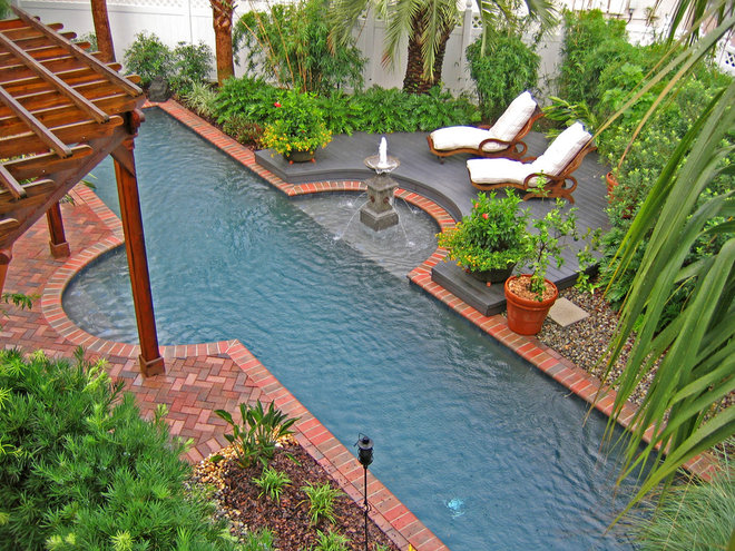 Tropical Pool by Hortus Oasis