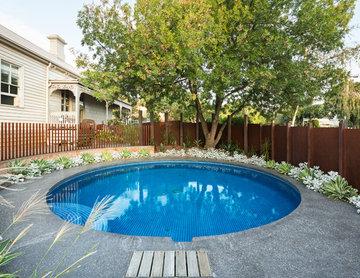 Circle pool garden Hawthorn