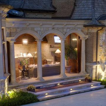 Classic Design Enhances a Massive Backyard