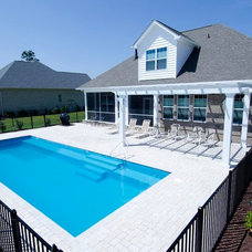 Traditional Pool by Hampstead Pool, Spa & Patio Inc.