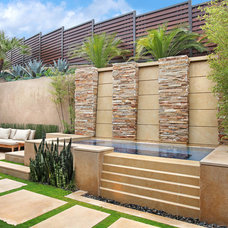 Contemporary Pool by Studio 6 Architects