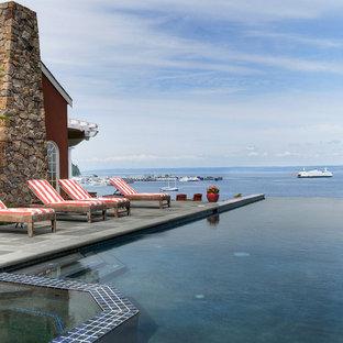 Coastal Stunner - Infinity Pool