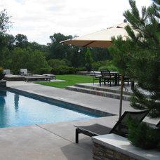 Contemporary Pool by Westfall Design Studio