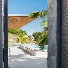 Contemporary Pool by Favreau Design