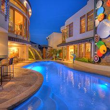 Contemporary Pool by Mark Scott Associates | Landscape Architecture