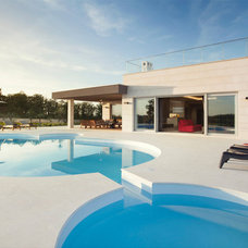 Contemporary Pool by Level 52