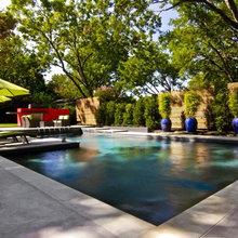 Clean edges pool