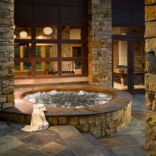 Contemporary Pool by Desmone & Associates