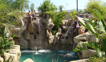 Corona Custom Rock Pool With Cave