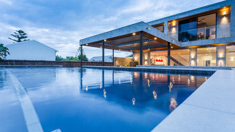 Cottesloe Concrete Swimming Pool with Glass Wall