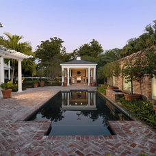 Traditional Pool by Nelson de Leon/Locus Architecture Inc.