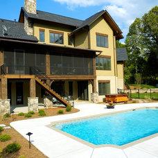 Craftsman Pool by Grainda Builders, Inc.