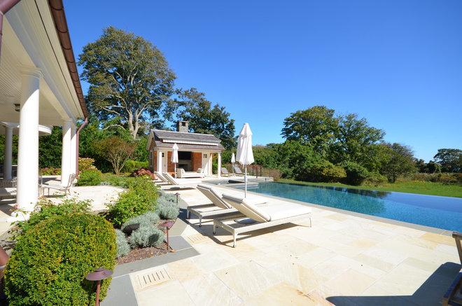 Modern Pool by Crescendo Designs, Ltd.