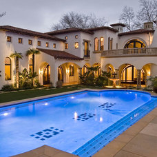 Mediterranean Pool by Murray Duncan Architects Inc.