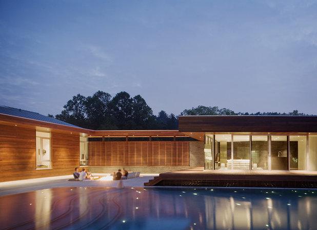 home designs the u shaped house plan. Black Bedroom Furniture Sets. Home Design Ideas